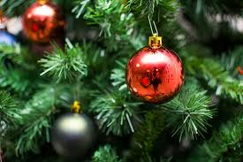 the ornaments on the Christmas tree
