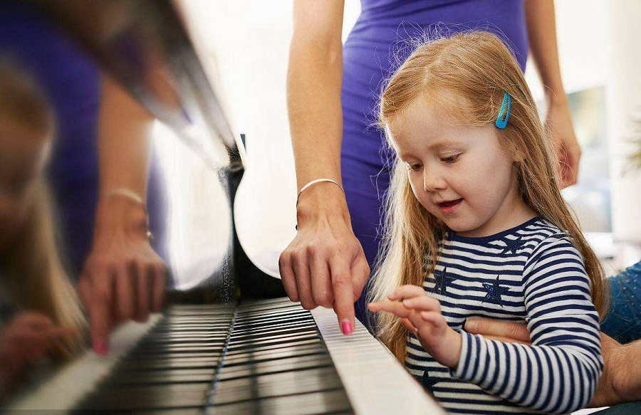 Learning to play a musical instrument can make children smarter
