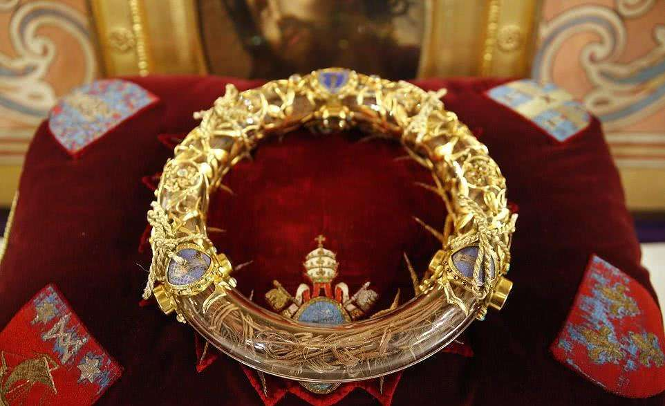 Crucifixion crown of thorns